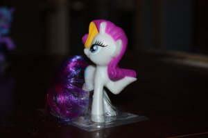 my_little_pony_mcdonalds_toys_rarity